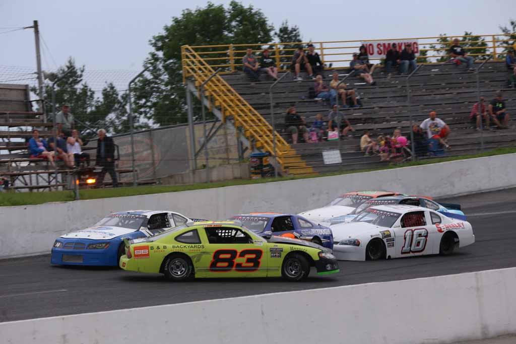 Tim Norris Sweeps Ontario Pro Challenge Heats At Sunset Speedway
